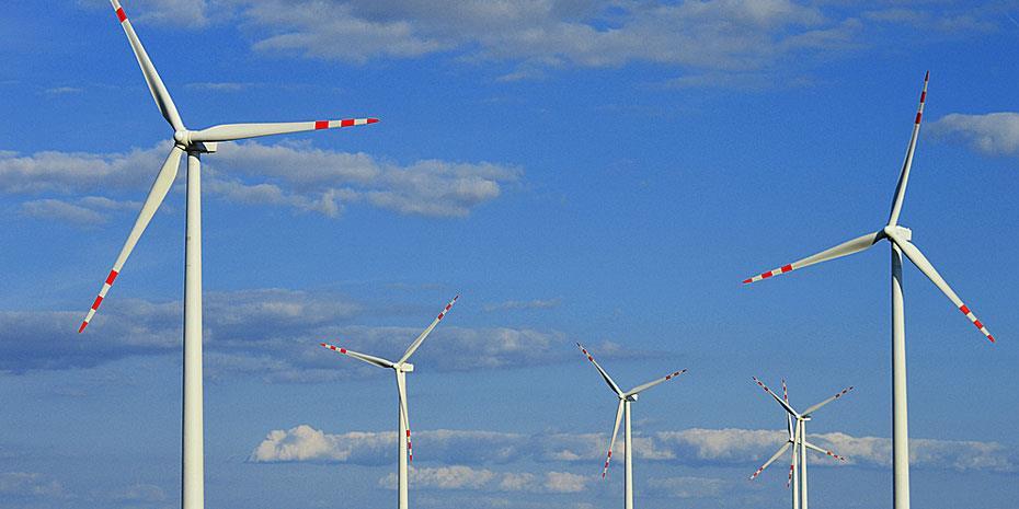Ζήτημα μηνών η ηλεκτρονική αδειοδότηση σταθμών παραγωγής ενέργειας από ΑΠΕ