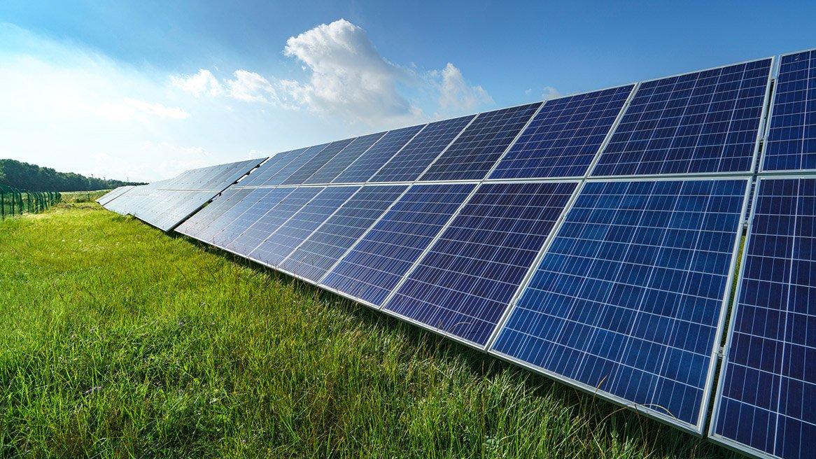 Ανοίγει ο δρόμος για να κατασκευάσουν 500άρια φωτοβολταϊκά εκτός διαγωνισμών και εκείνοι που είχαν ήδη συμβάσεις για δύο τέτοια έργα